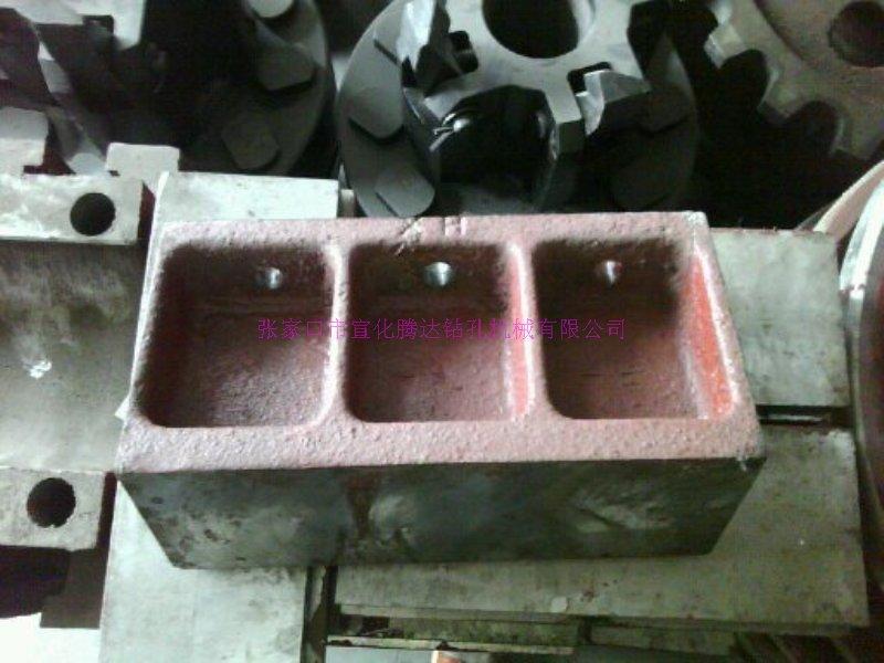 KQG150Y潜孔钻机配件轴承座080201